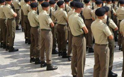 ESPOSTO –  Divise delle forze militari di ogni genere e grado  prodotte da sartorie italiane ma in laboratori stranieri