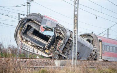 Esposto alla Procura di Milano: deragliamento treno Frecciarossa
